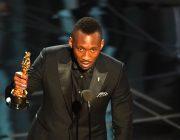 大逆転!パプニングありで第89回アカデミー賞作品賞は『ラ・ラ・ランド』ではなく『ムーンライト』に!