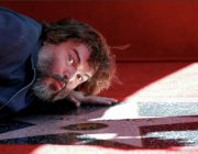 【海外芸能】 ジャック・ブラックがハリウッド殿堂入り、星形のプレート披露