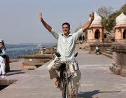 インドでナプキン作ったで!→5億人を救った男として映画化『パッドマン 5億人の女性を救った男』