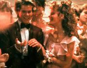 アメリカの学園モノの映画見て思うんだけどさ、「プロム」とかいうイベントって糞すぎないか?