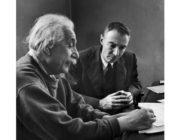 アインシュタインのドキュメンタリー映画を見た。切実に、頭が良くなりたい