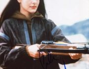 ワイ「007ってハードボイルドなスパイアクション映画なんやろうなあ...見たろ!」