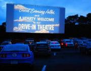アメリカ国テキサス州の映画館が映画を無料で上映し収益を上げる