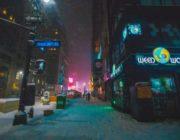 夜のニューヨークの街、映画に出てきそう