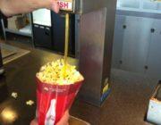 なんで映画館ってポップコーンしか食べ物ないんだろうか?